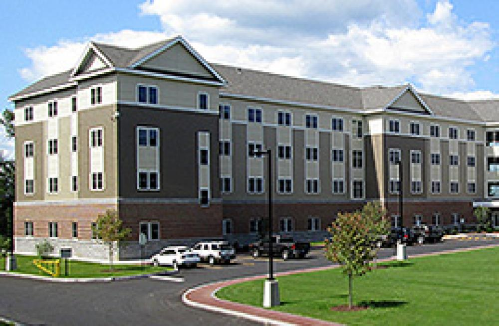 SNHU Tuckerman Hall